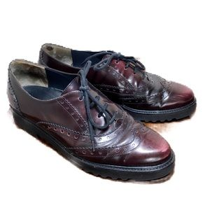 Paul Green burgundy leather oxfords size 7.5